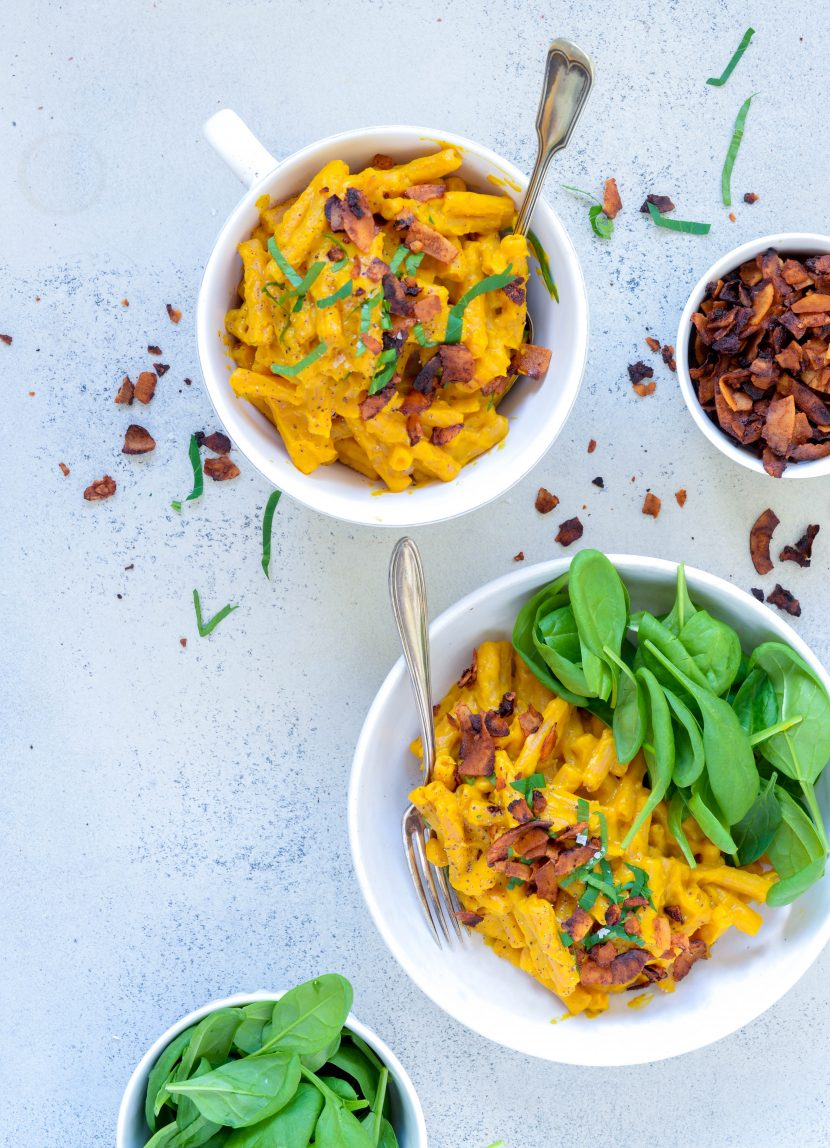 Butternutsquash mac n´cheese med kokosbacon